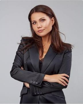 Преподаватель Мария Антонов